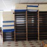 Dies sind ehemalige Bundeswehr-Betten, die noch weiter dienen sollen